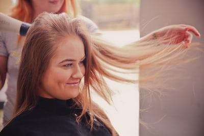 5 Langkah Mudah Hair Spa Sendiri di Rumah