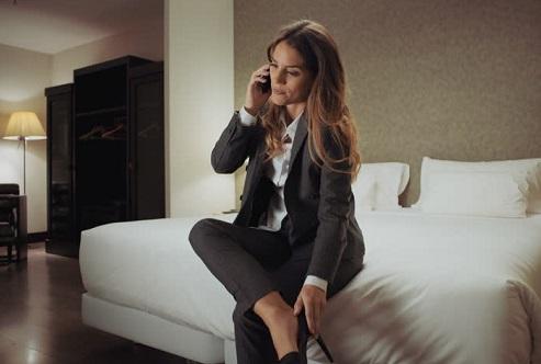 5 Strategi Digital Ampuh Bangkitkan Bisnis Perhotelan (Foto: women image)