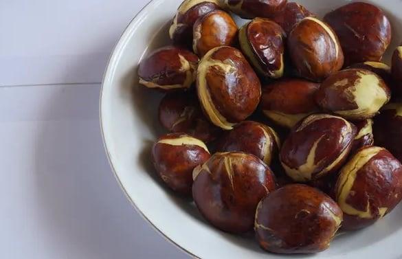 Khasiat Makan Jengkol Goreng Tak Bisa Disepelekan, Ajaib! (Foto: Shutterstock)