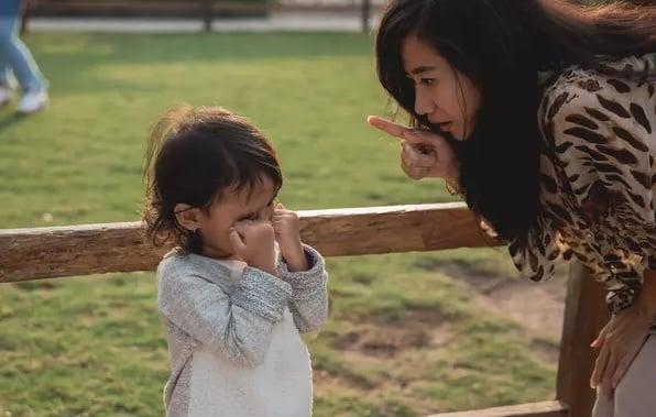 Bisa Merusak Mental Anak, Jangan Ucapkan Kalimat Ini Saat Marah - ilustrasi (Foto: shutterstock)