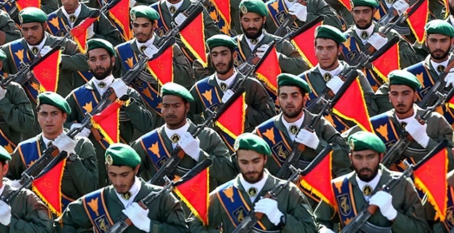 Pasukan penjaga revolusi Iran.(Foto: Ebrahim Noroozi/AP)