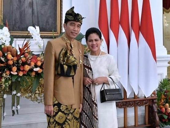 Hobi Iriana Jokowi, Pelihara Burung Hingga Tas Mahal - Foto Ibu Iriana Jokowi. (sumber: sc ig @jokowi)
