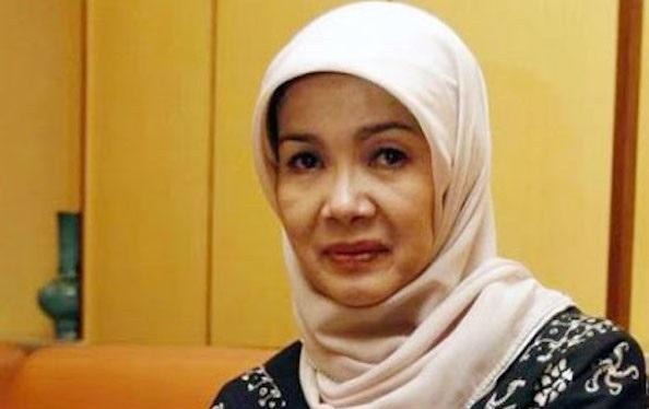 Istri mendiang Chrisye, Damayanti Noor meninggal dunia. Foto: Source YouTube