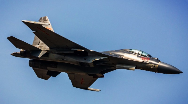 Jet dan Bomber Siluman China ke Taiwan, Mau Perang?