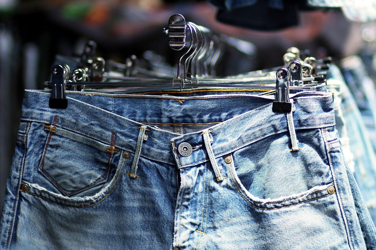 4 Cara Merawat Celana Jeans agar Awet. Foto: Pixabay