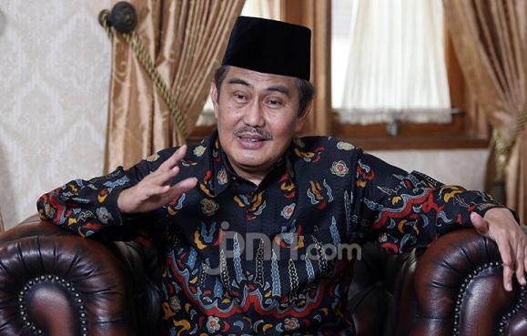 Mantan Ketua MK Mendadak Beber Fakta Mengejutkan, Bikin Jokowi (Foto: JPNN.com/GenPI.co)