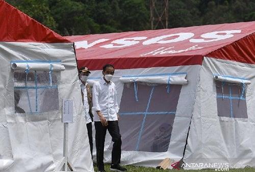 Pengungsi Bencana Mamuju Emosi Jelang Kedatangan Jokowi, Kaget (Foto: Antara)