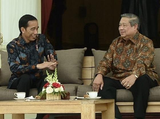 Jokowi Disanjung Setinggi Langit, SBY Dibikin Rontok