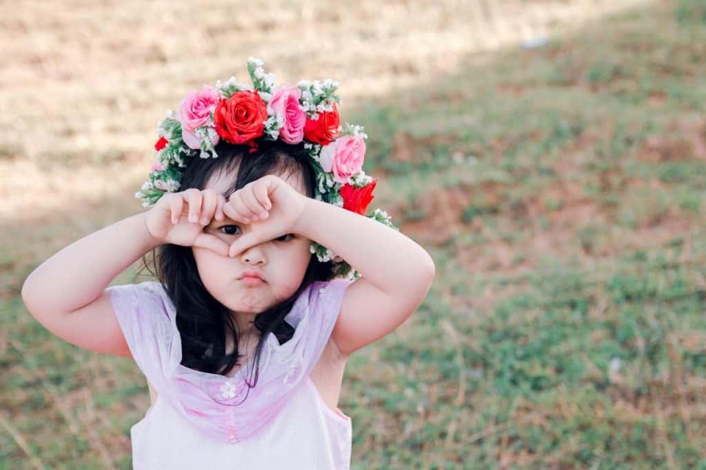 Cara Mendidik dan Membesarkan Anak Tunggal agar Tak Egois