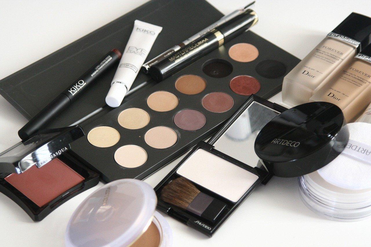 Ketahui Umur Simpan Setiap Produk Skin Care dan Kosmetik. Foto: Pixabay