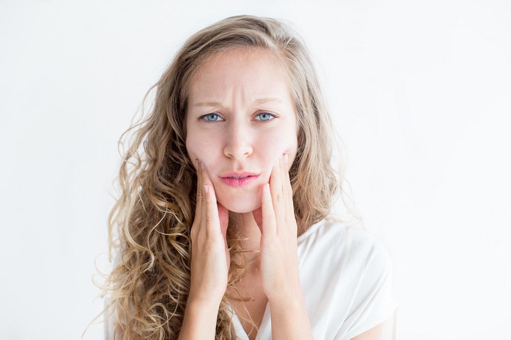 5 Cara Menjaga Kulit Wajah Cantikmu Tidak Kering