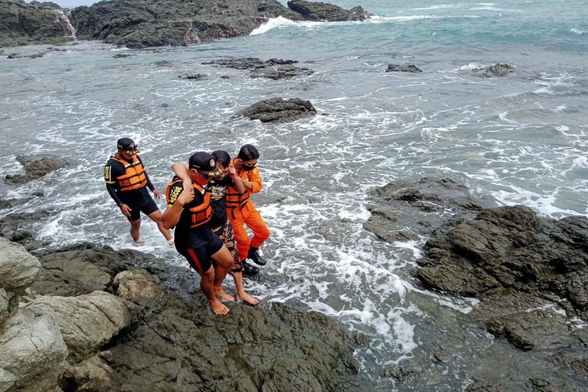 Korban terseret ombak di Pantai Siung Gunung Kidul pada Selasa (18/5).(Foto: Sar Satlinmas Wilayah 1 Gunung Kidul)