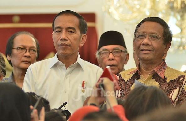 Mendadak Mahfud MD Bongkar Fakta Mengejutkan, Ternyata Jokowi (Foto: JPNN.com/GenPI.co)