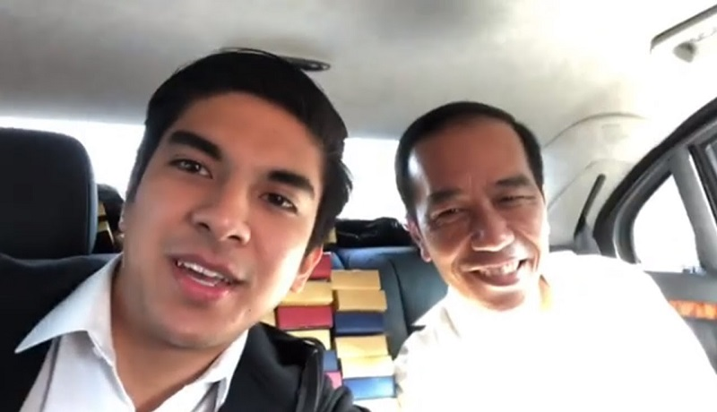 Syed Saddiq bersama Presiden Jokowi saat Vlog bareng. (ist)