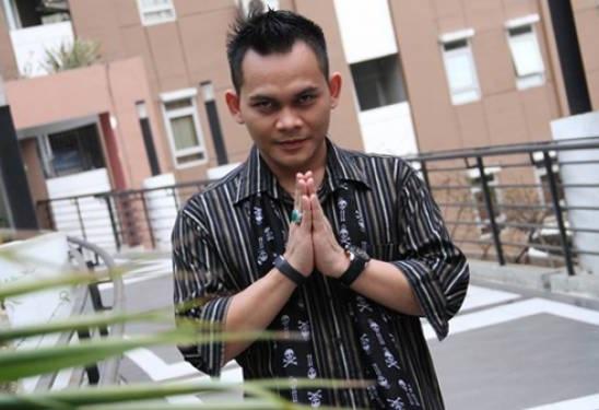 Mbah Mijan. (Foto Source for JPNN.com)