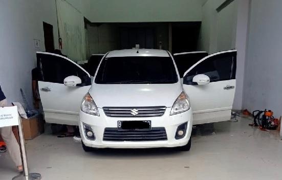 Pentingnya Kaca Film Mobil Agar Aman, Ini Pilihannya (Foto: Nje/GenPI.co)