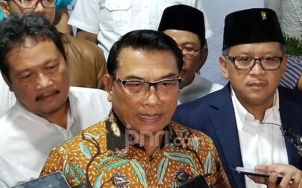 Rocky Gerung Bongkar Skenario Maut Moeldoko, Jokowi Ikut...