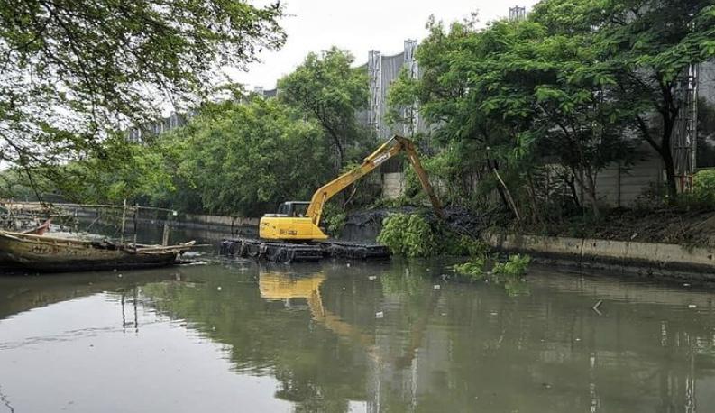 Kolam olakan air dibangun oleh Pemprov DKI untuk atasi banjir. Foto: Instagram