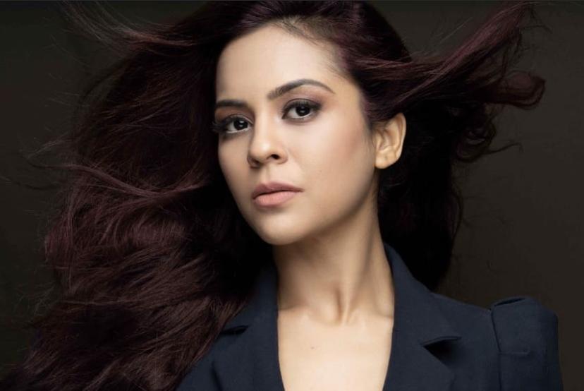 Sosok Sana Seed, pemeran Anjali kecil di film Kuch Kuch Hota Hai. Foto: Instagram @sanaofficial