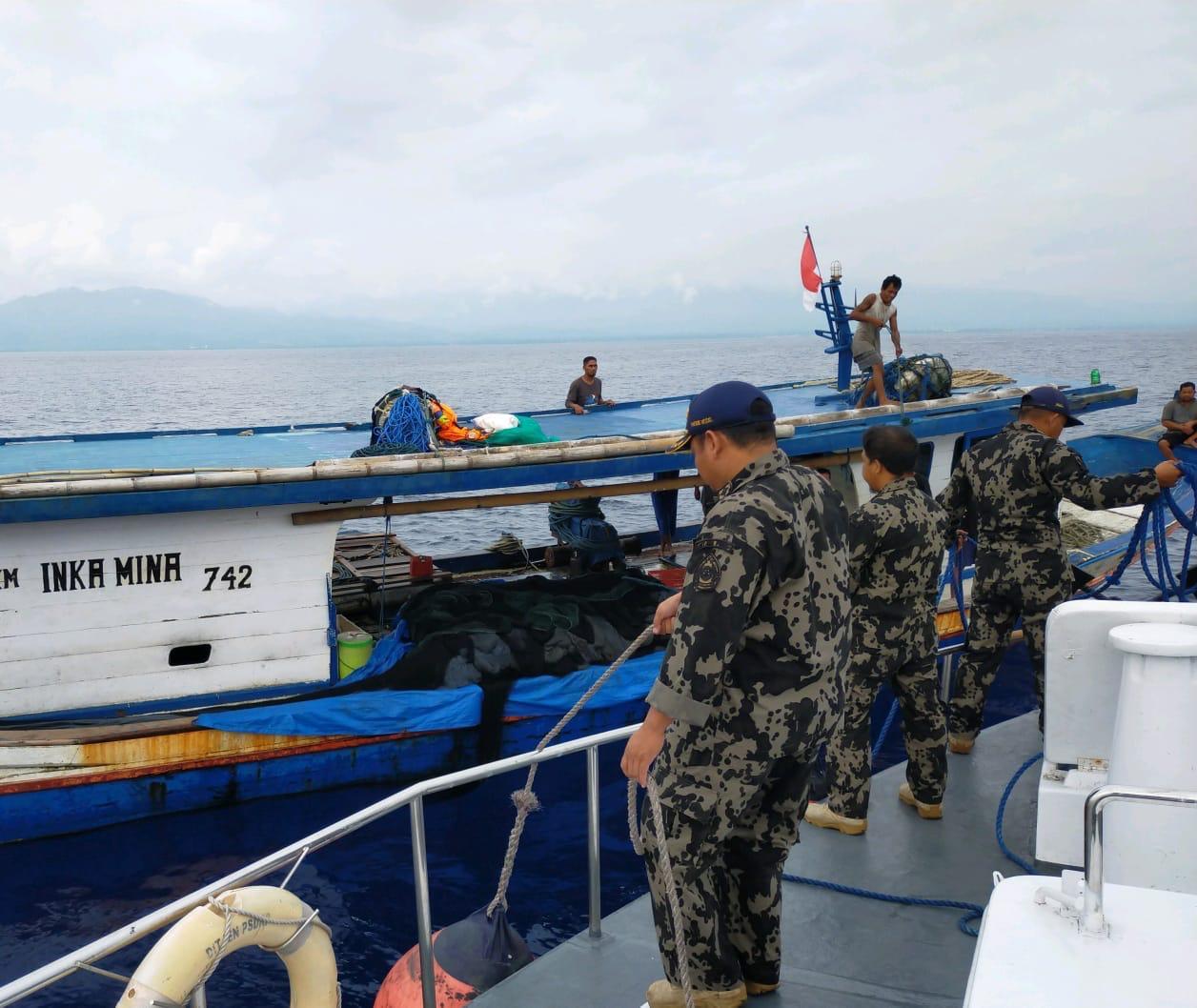 3 Kapal Tak Berizin Diamankan Petugas di Teluk Tolo. Foto: Doc KKP