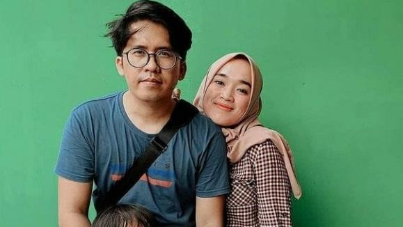 Istri Ayus Menggugat Cerai, ART Bilang Begini. Foto: instagram/ririe_fairus