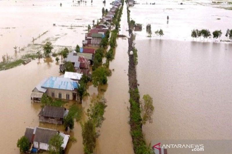 Politikus PKS Kritisi Sikap Jokowi Soal Banjir Kalsel, Pedas!