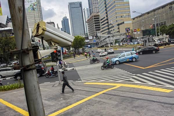 Kamera E-TLE Jakarta. Foto: Bisnis