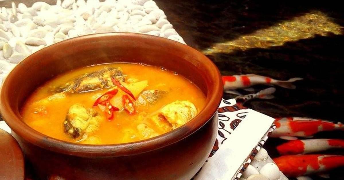Yummy! Lempang Kuning, Olahan Ikan dengan Kuah Nanas Asli Bangka