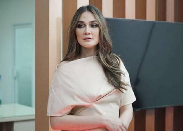 Disinggung Balikan Sama Ariel Noah, Luna Maya: Emang Dia Single?