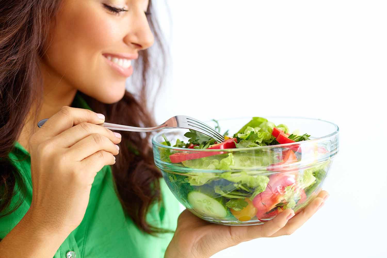 Kendalikan Kolesterol saat Lebaran dengan 4 Makanan Sehat ini