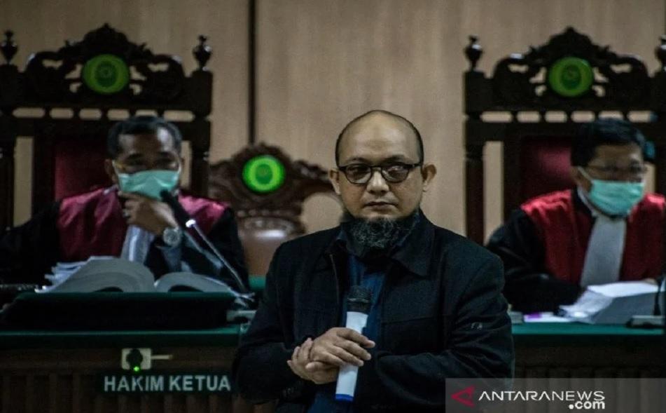 Denny Siregar Gembira KPK Singkirkan Novel Baswedan, Alasannya...