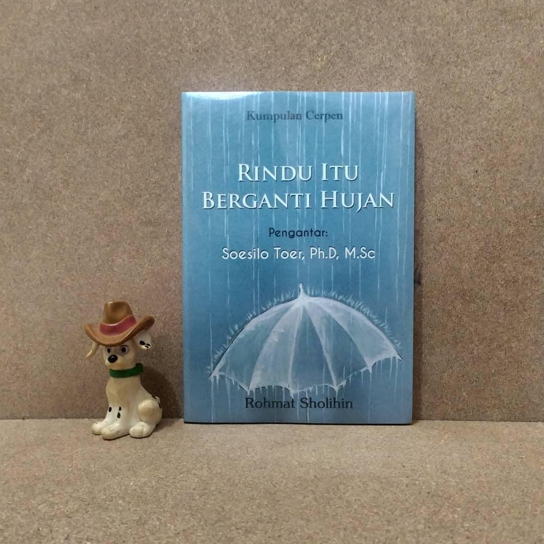 Novel Rindu Itu Berganti Hujan. Foto: Instagram/@pataba_store