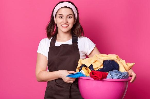 3 Cara Ampuh Hilangkan Noda Lem di Baju (Foto: Freepik)