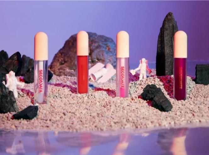 Gel Lip Gloss Secondate Beauty, Solusi Bibir Lembap dan Kenyal. Foto: Dok. SECONDATE Beauty