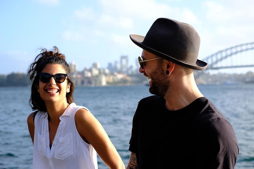 Pantas Pasangannya Jumpalitan, Zodiaknya Humoris dan Bikin Happy
