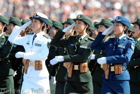 Beda dengan Amerika, Militer China Tak Ada yang Kena Corona