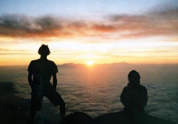 Sunrise di Puncak Mahameru (Foto: GenPI.co)