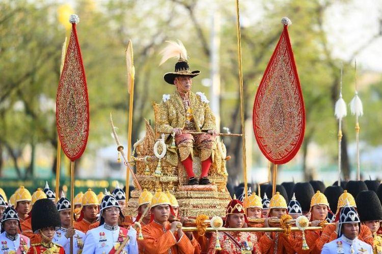 Raja Thailand Maha Vajiralongkorn. (AFP/MANAN VATSYAYANA)