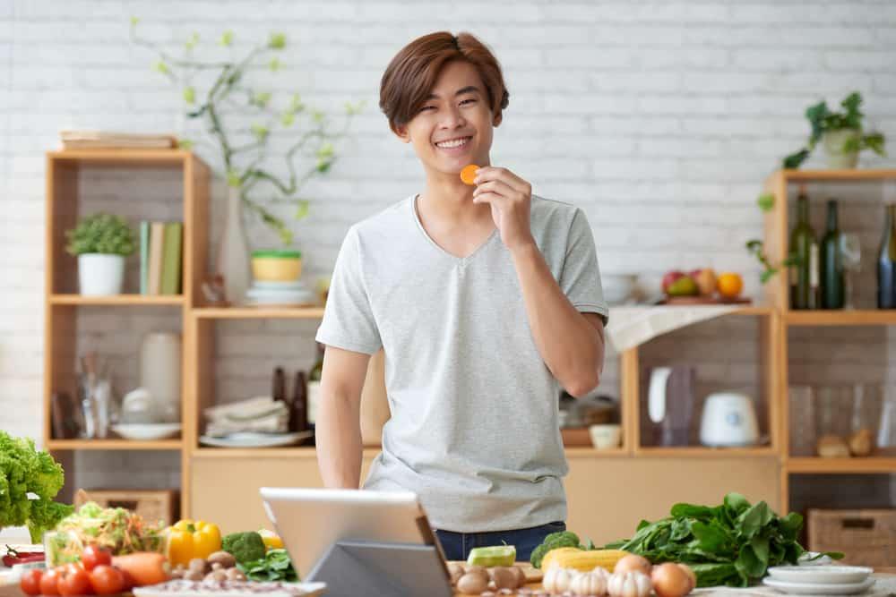 Tips Menjalani Pola Makan Sehat bagi Anak Remaja