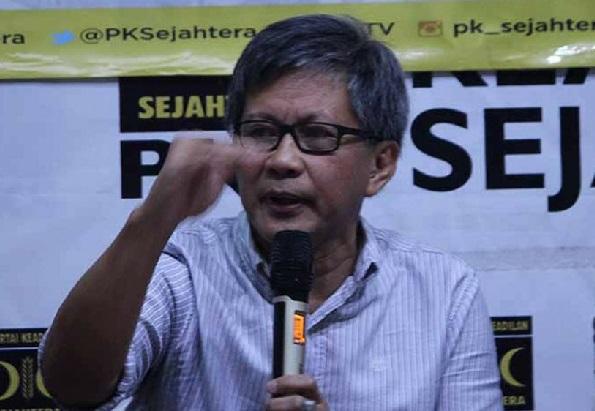 Manipulasi Jokowi Demokratis, Rocky Gerung Sentil Cebong