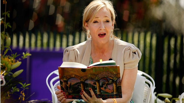 Alami Gejala Covid-19, J.K. Rowling Sembuh Tanpa Keluarkan Biaya