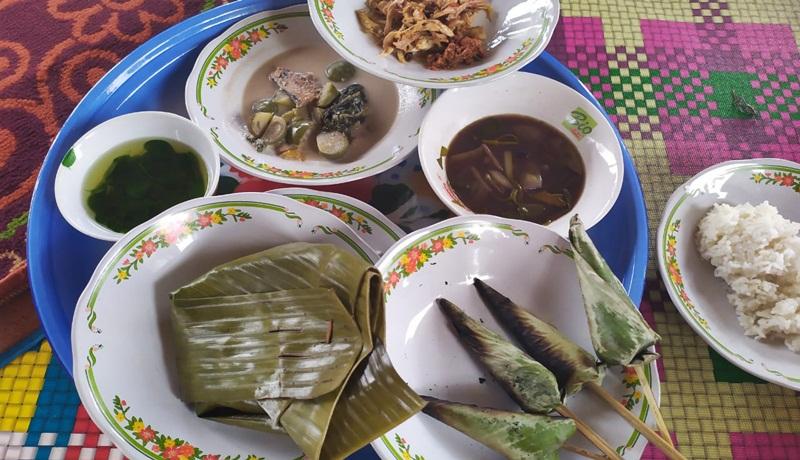 Makanan para bangsawan di Lombok yang hampir punah. Yuk cicipi dua di antaranya (Foto : GenPI Muslifa)