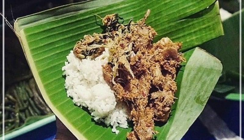 Pecel Pitik, Kuliner khas Banyuwangi (sumber : travelingyuk)