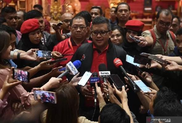 PDIP Sebut Menteri Lutfi Coreng Muka Jokowi, Akademisi Beber Ini - Sekjen PDIP Hasto Kristiyanto (Foto: dok Antara)