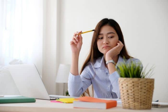 Hindari 3 Kebiasaan Ini agar Stres yang Dialami Tidak Makin Parah
