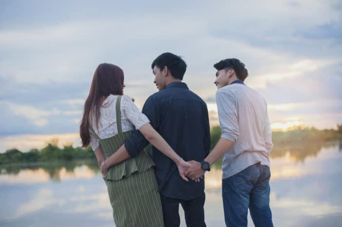 Jatuh Cinta pada Selingkuhan, Ini Cara Menyudahi Hati yang Mendua