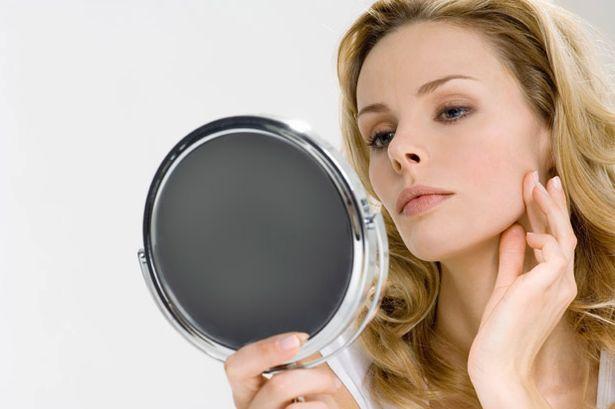Cara Merawat Kulit Wajah Sensitif Tanpa Perlu ke Dokter. Foto: Skin Clinic