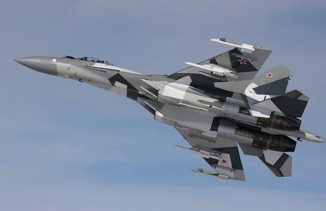 Pesawat Tempur Sukhoi SU-35 Rusia. (Foto: istimewa/Jawapos)