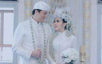 Deretan Artis Tampil Memukau dengan Busana Pernikahan Adat Sunda