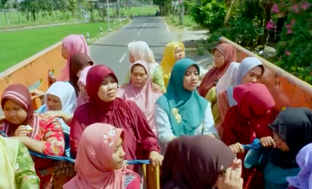 Cuplikan film Tilik. Foto: YouTube Ravacana Films